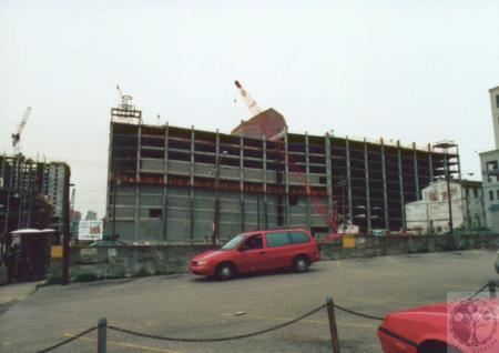 Image: di13262 - parking garage under construction