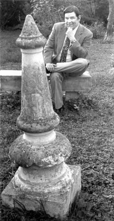 Image: di92628 - Joe Gastright in his Covington backyard